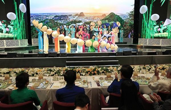 Công ty tổ chức sự kiện gala dinner